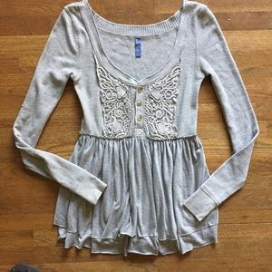 FREE PEOPLE Fitted Flowy Thermal Lace Blouse Gray