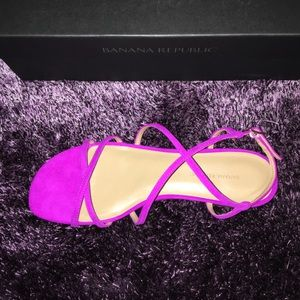 Pink suede sandals size 8, Banana Republic