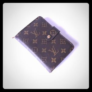 Authentic LV Porte Papier Zippe Bifold Wallet