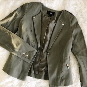 H&M 💚 STRUCTURED STUDDED BLAZER SZ 4
