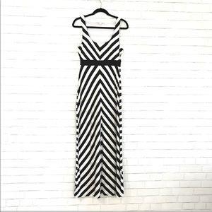 Boston Proper Black & White Maxi dress size S