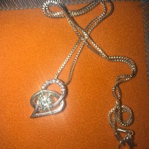 Silver box chain necklace. With diamond pendant.