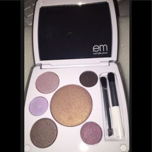 em Michelle Pham Shade Play Eye Color Palette