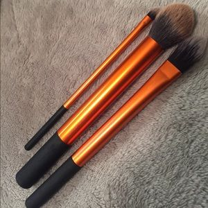 Three Real Techniques brushes