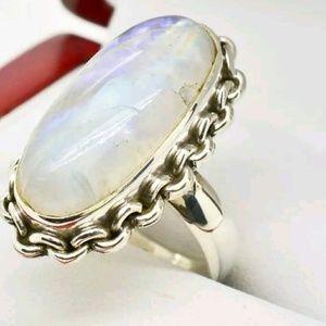 Vintage 15 carat Genuine Moonstone in Sterling