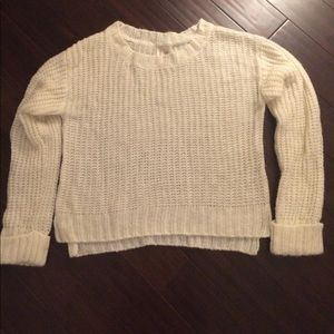 Cozy winter white sweater!
