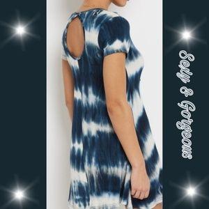 🌟🌟Navy tie dye swing dress with keyhole🌟🌟