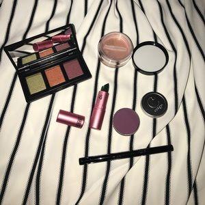 5 piece beauty bundle ♥️