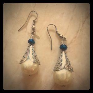 Gorgeous goddess cone filigree earrings