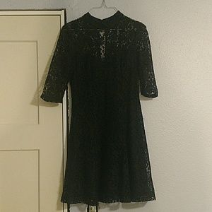 Half sleeve black lace dress