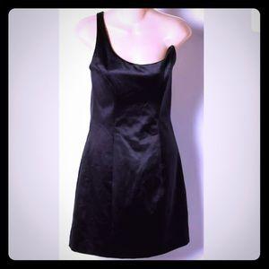 Asymmetric one shoulder LBD back zipper