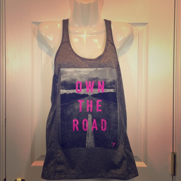 """26b925a5db846 NWT Old Navy """"Own The Road"""" Grey Tank"""