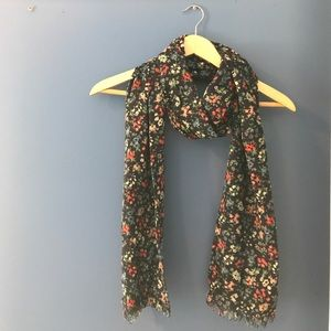 Floral scarf!