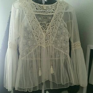 Boho cream colored bell sleeve top!!!
