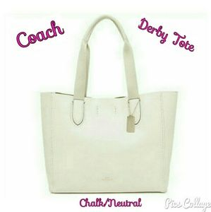 Coach Derby Tote In Pebble Leather -Chalk/Neutral