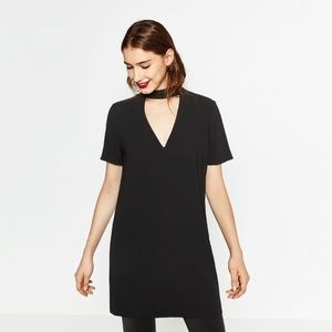 Zara Black V-neck Cut Out Choker Shift Dress