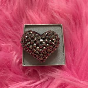 Fashion sparkly heart ring