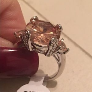 🔥Topaz Ring