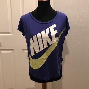 Nike flutter sleeve work out shirt XS
