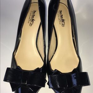 COACH AND FOUR SIZE 9 MARYLOU SHOES