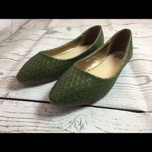 Shoes - Weaved Pointed toe Flat Heel Casual Wear