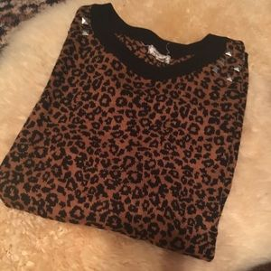 Leopard Studded Sweater✨