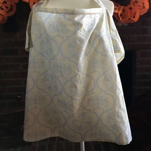 Nursing cover from Udder Covers