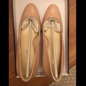 Nine West 3 inch Nude Patent Pumps - size 7