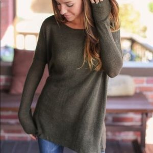 Green Long Sleeve Tunic Sweater