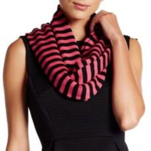 Kate Spade Modern Heritage 100% Wool Scarf New!