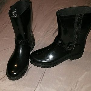 Aldo Rain Boots(Size 8 but runs big)