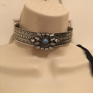 Gorgeous silver and turquoise choker