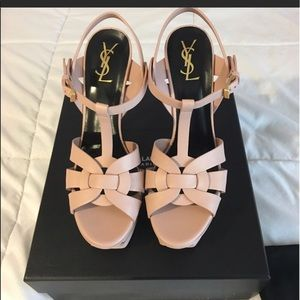 Saint Laurent Tribune calf leather gorgeous heel