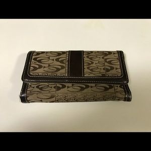 Coach Wallet Brown Jacquard Pattern