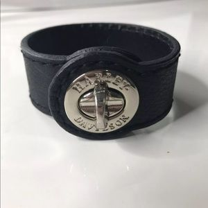 Black Cuff/ new without tags