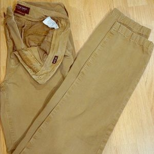 New American Eagle Slim Khakis (Only worn once)