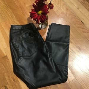 Sexy Faux Leather Cropped Ankle Pant H&M Size 4