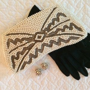 Vintage Beaded Pearl and Silver Clutch