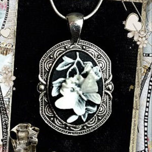 Beautiful Butterfly Cameo
