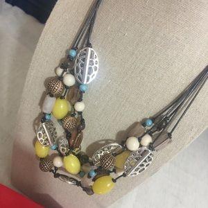 Premier Designs Del Monte necklace