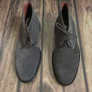 JOHNSTON & MURPHY CHUKKA SUEDE BOOTS