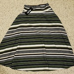 Xsmall Midi Skirt  (Agnes & Dora)