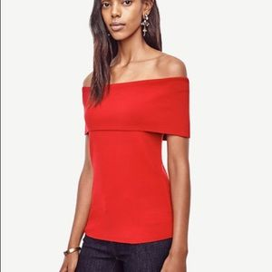 ANN TAYLOR OFF THE SHOULDER TOP Beautiful