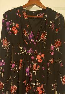 Express Floral Dress 🌸