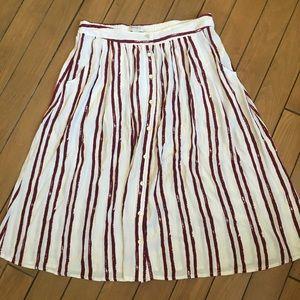 NWOT Forever 21 contemporary skirt. NEVER WORN