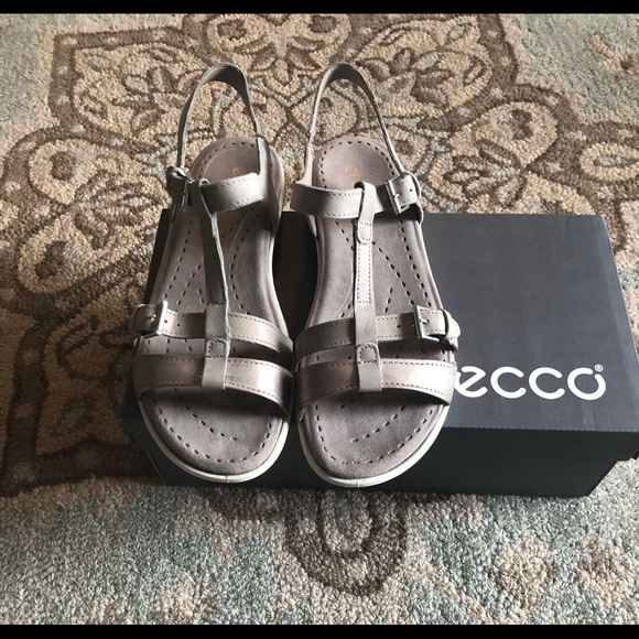 NEW WBOX!!! ECCO Babett Sandals Moon Rock