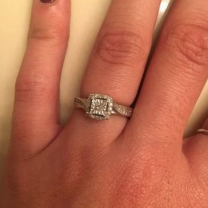 diamond ring 1/6 ct. princess cut sterling silver