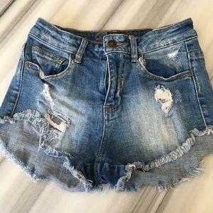 Delia's high rise denim shorts size 0 style