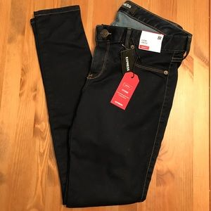 NWT Size 8 Express Low Rise Stretch+ Jean Leggings