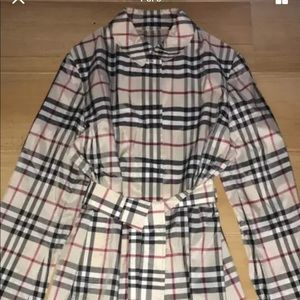 Burberry nylon nova plaid trench coat